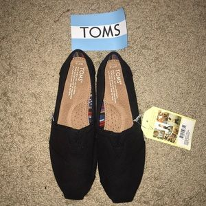 Brand new never been worn toms
